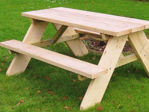 Chunky Timber Picnic Table