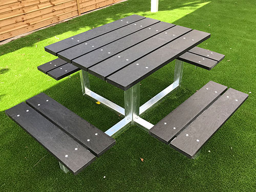 Penrith Picnic Table