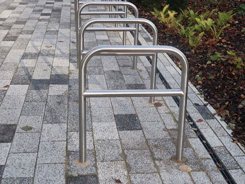 image of stainless steel tapping bar cycle rack